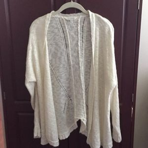 🔴3/$10 Charming Charlie Open Front Cardigan-ivory